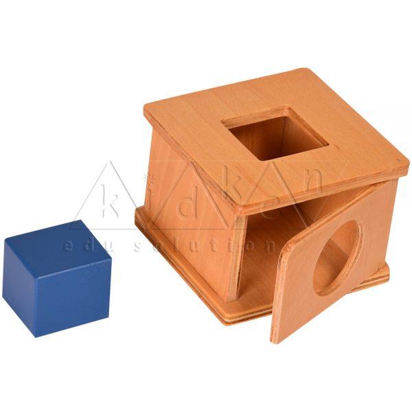 TM03-Imbucare-Box-with-Square-Prism-.jpg
